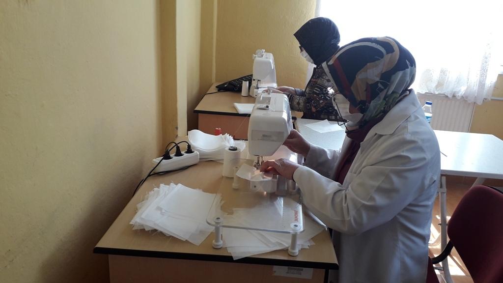 Doğankent Halk Eğitim Merkezi Müdürlüğü Maske Üretimine Başladı