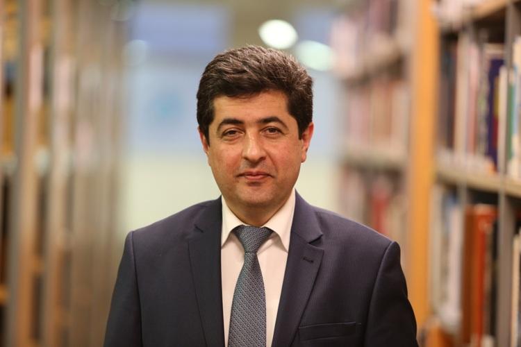 Azerbaycan Kökenli Profesör Türkiye'ye Minnettarız