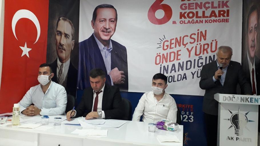 AK Partili Gençler Doğankent Gençlik Kolları Başkanını Seçti