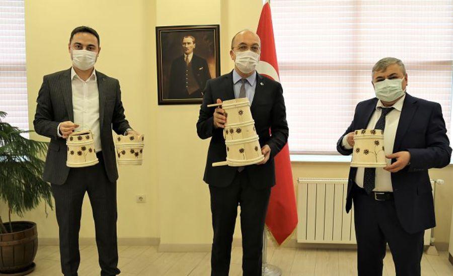 Kürtün heyetinden Rektör Zeybek'e ziyaret