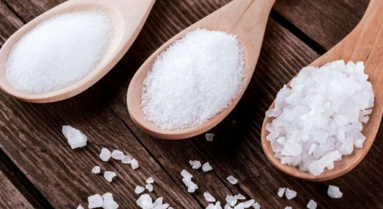 Tuz Tüketimini Azaltmak İçin Sofradaki Tuzluğu Kaldırın