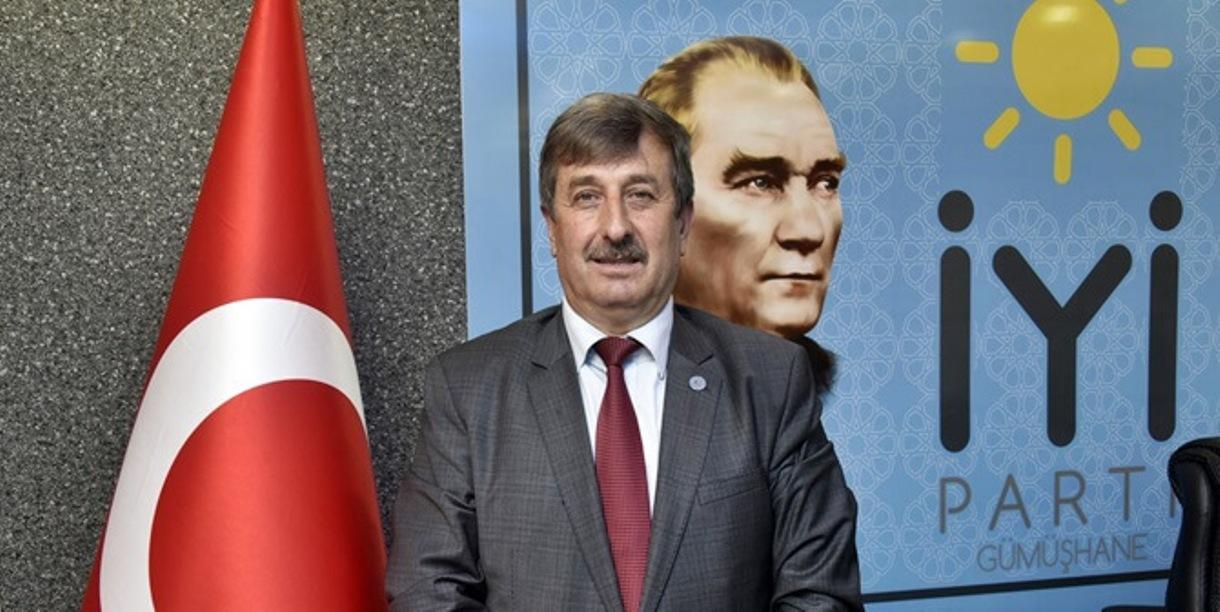 Alparslan Kapıları Açmış, Atatürk Tescillemiştir